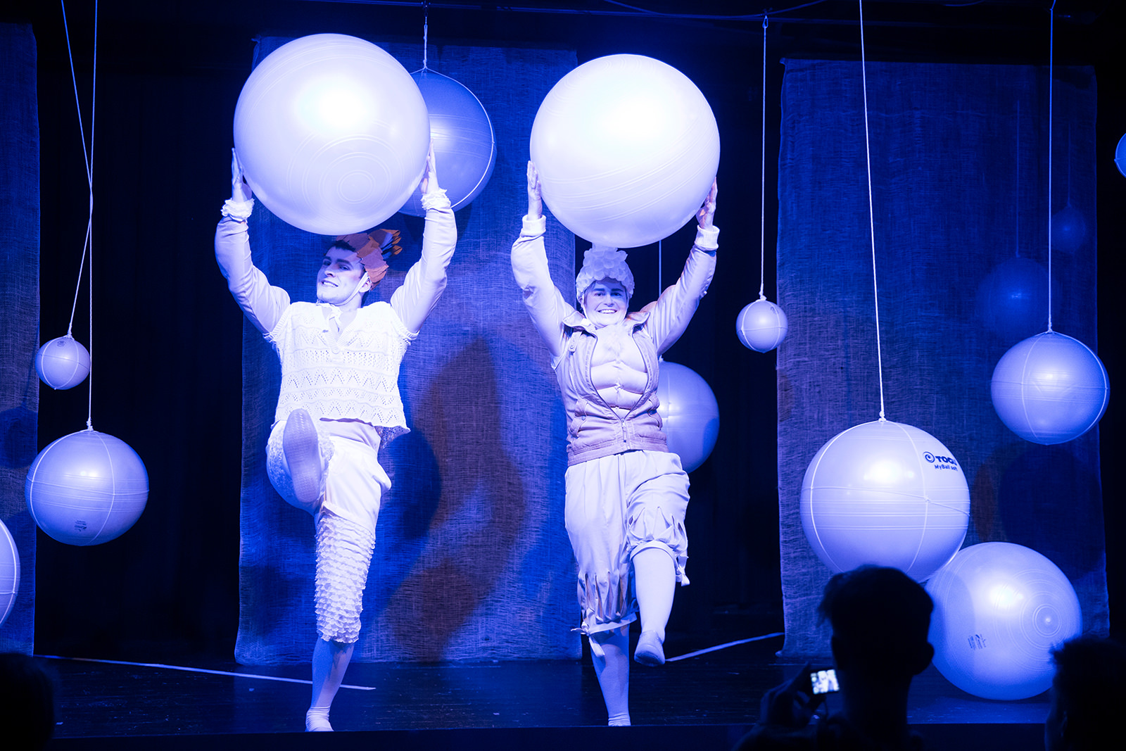 theater im enovum in Lüneburg Theaterstück Yvonne die Burgunderprinzessin