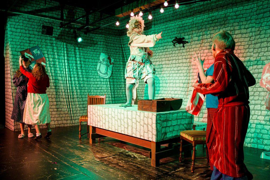 theater im enovum GP in Lüneburg Das Gespenst von Canterville