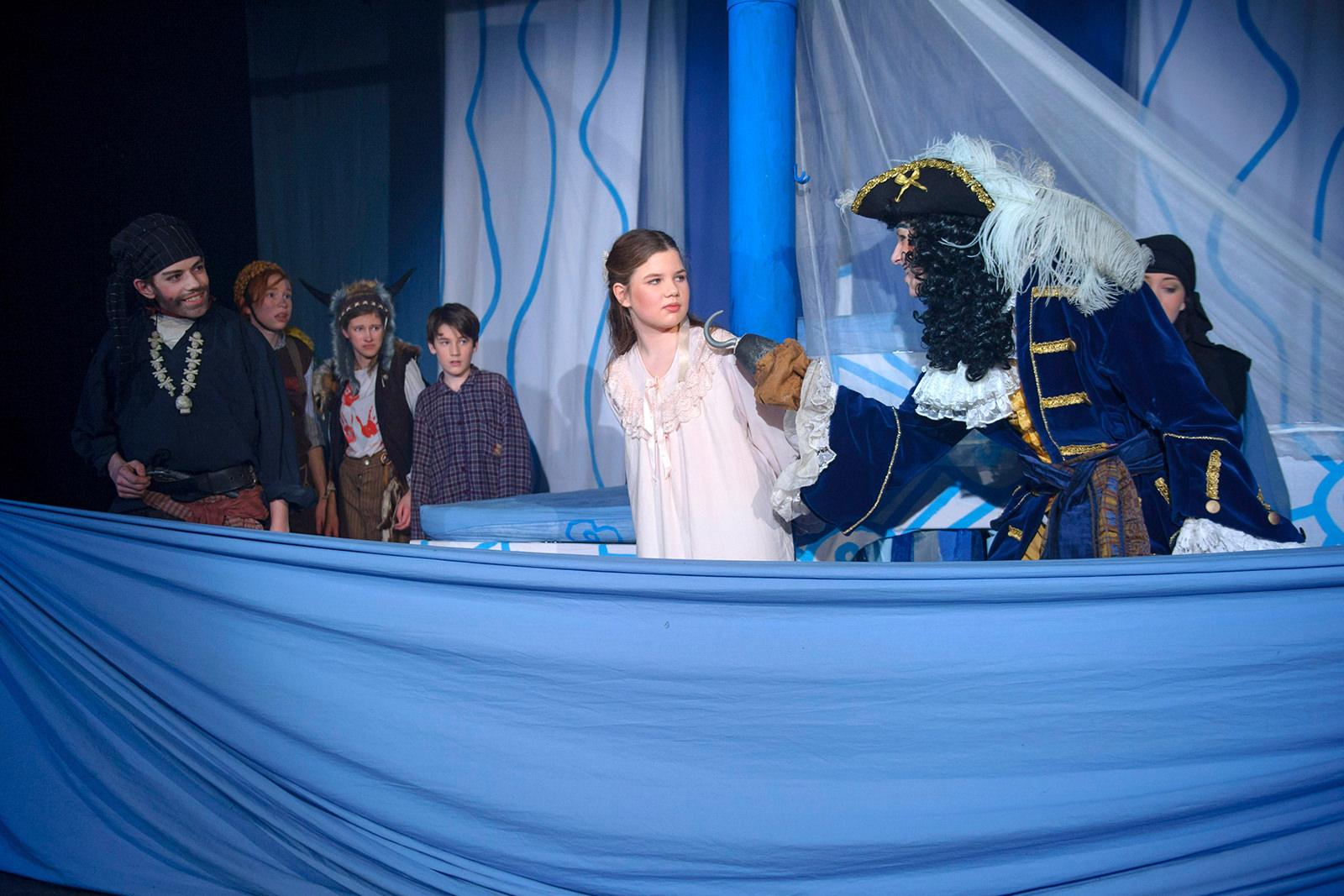 theater im enovum in Lüneburg Generalprobe Stück Peter Pan