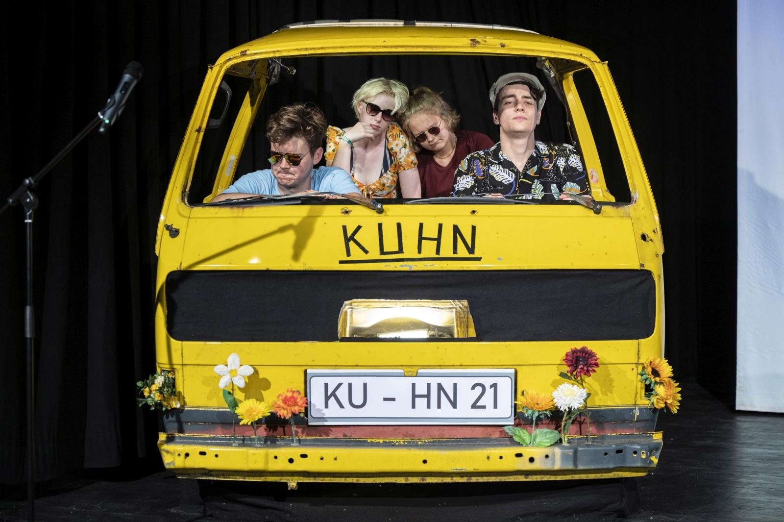 Busfahrt mit Kuhn